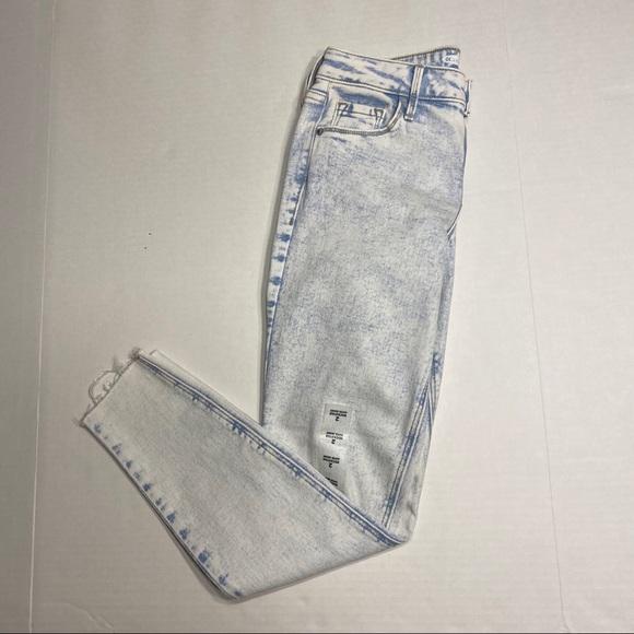 Old Navy Denim - NWT Old Navy Rockstar Super Skinny Jeans Blue